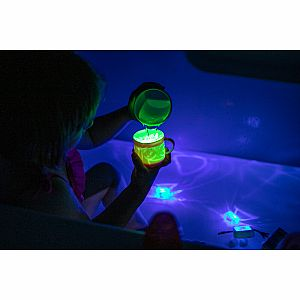 Glo Pal Light Up Cubes - Pippa - Green